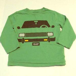 🌳👀Green gap car shirt boys 2T 5/$25 sale! 🤑